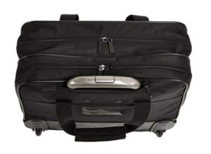 Amazonベーシックのキャリーバッグ