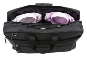 2着収納可能なガーメントバッグ