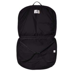 ザ・ノース・フェイスのガーメントバッグ