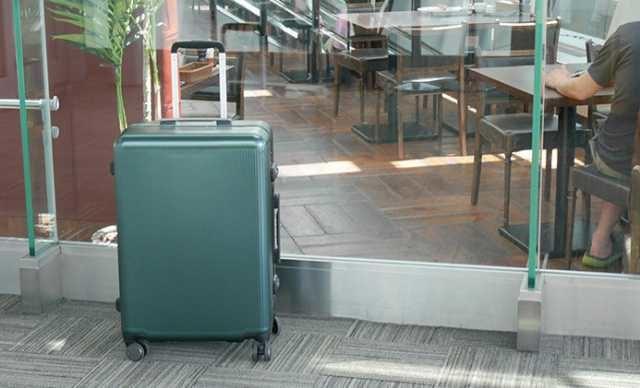 サンコー鞄のスーツケース