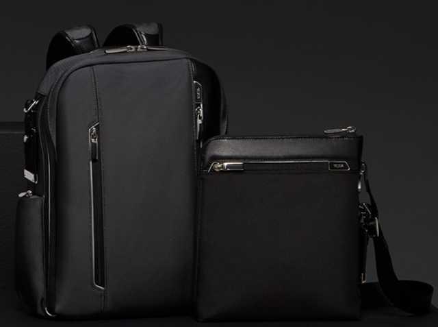 TUMIのスーツケース